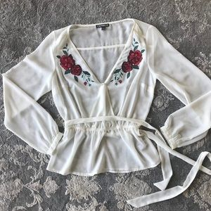 Express embroidered top • sz XS